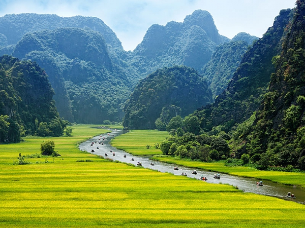 Eleven Day South to North Vietnam